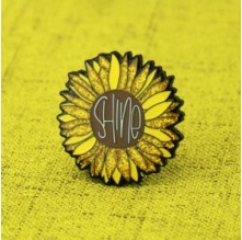 Chrysanthemum Flower Lapel Pins